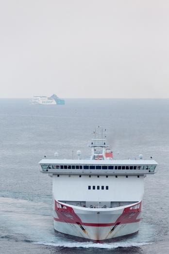 Ferries_off_Barcelona_002