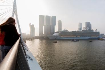 OASIS OF THE SEAS from the Erasmus Bridge, 2014.