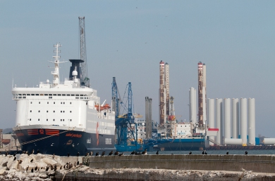 Various wind offshore tonnage laid-up